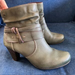 Pikolinos Olive Green Verona Ankle Boots Booties
